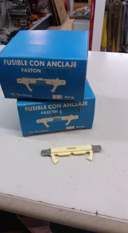 FUSIBLE SIMCA - TALBOT  FASTON 16 AMP. REF. 2100/16AI